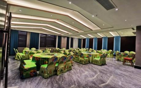 江南厅 [ 最大10桌 · 高5.0m · 无柱 · 长方形 · 低消1398 ]