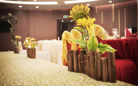 黄山厅 [ 最大12桌 · 高3.8m · 无柱 · 圆形 · 低消1788 ]