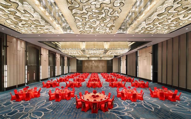 文华大宴会厅 [ 最大70桌 · 高10.0m · 无柱 · 长方形 · 低消4288 ]
