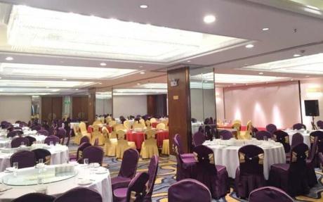 寿百年婚宴厅 3F [ 最大30桌 · 高3.5m · 2个柱子 · 长方形 ·  ]