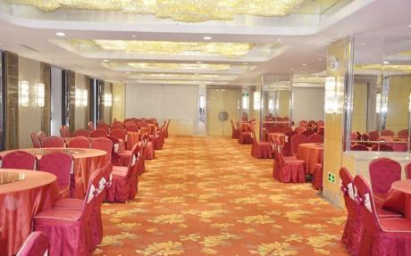 福百年 4F [ 最大30桌 · 高3.5m · 2个柱子 · 长方形 ·  ]