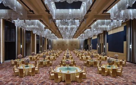 洲际厅 3F [ 最大96桌 · 高0.0m · 无柱 · 长方形 ·  ]