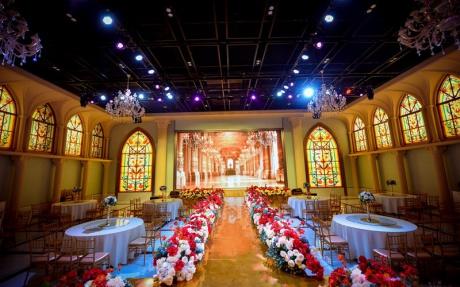 巴洛克厅  3F [ 最大26桌 · 高7.5m · 无柱 · 长方形 · 低消1299 ]