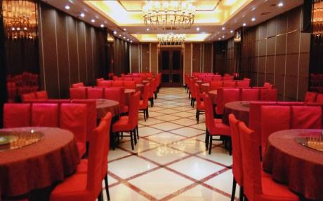 黄山厅  2F [ 最大16桌 · 高3.5m · 无柱 · 长方形 · 低消1099 ]
