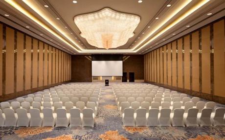 香格里拉宴会厅B [ 最大24桌 · 高7.5m · 无柱 · 长方形 · 低消4288 ]