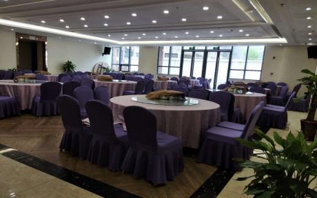副厅 1F [ 最大12桌 · 高4.0m · 无柱 · 长方形 · 低消2099 ]