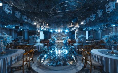 奥斯卡厅  4F [ 最大35桌 · 高6.5m · 无柱 · 长方形 · 低消1699 ]